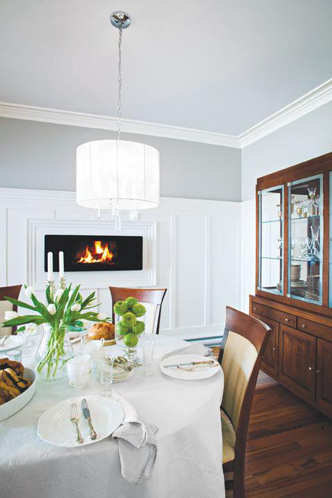 Custom Trim - specializes private clients, contractors, industry customers, interior designers, professional renovators at Designer Showcase.