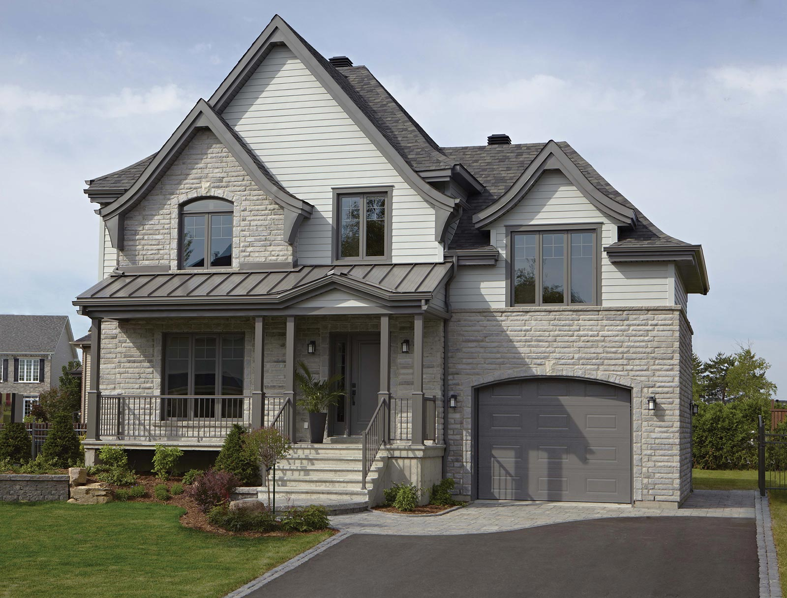 Windows - We have provided over 65 years supplying building materials for homeowners, businesses and builders in the Southwestern Ontario area.